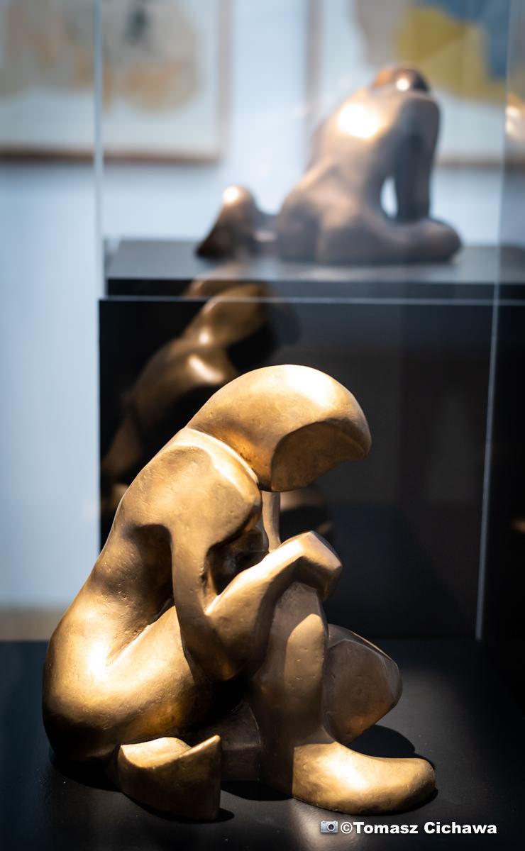 Sculpture de Katarzyna Kobro • photo Tomasz Cichawa