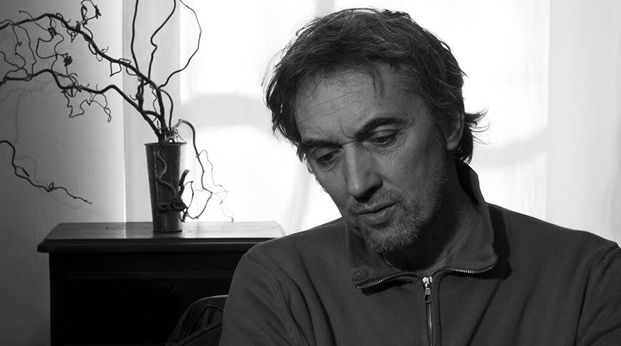 """Cadre du film """"La danse des accrochés"""" de Thibault Dentel"""